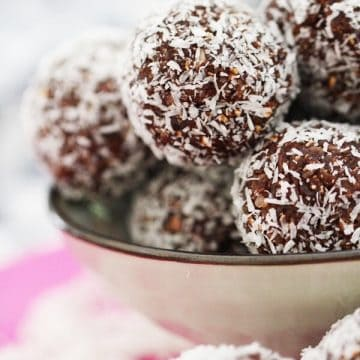 chocolate bliss balls in bowl