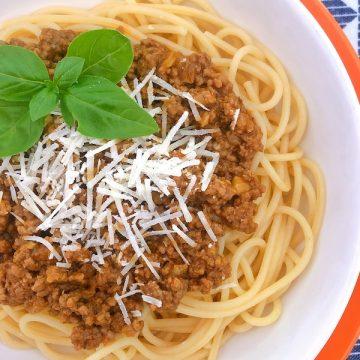 a recipe for spaghetti bolognese