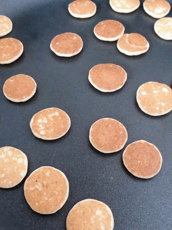 Making Pancake cereal