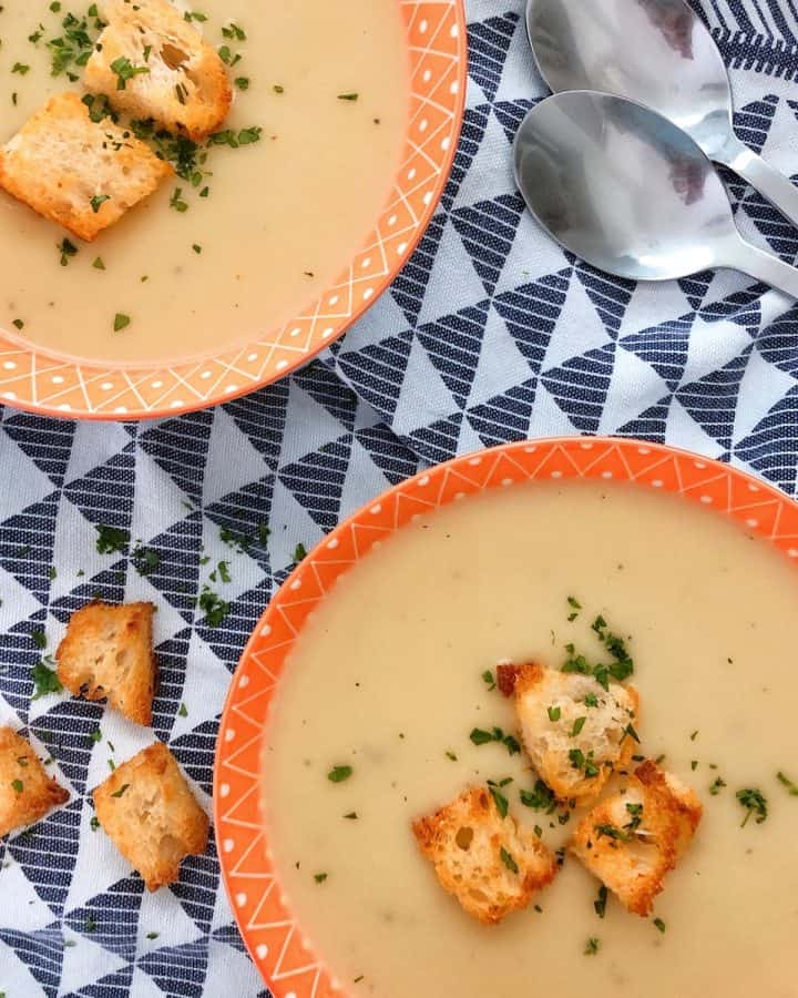 Thermomix Leek and Potato Soup in bowls