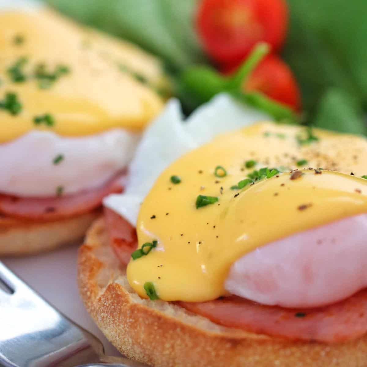Hollandaise Sauce on eggs