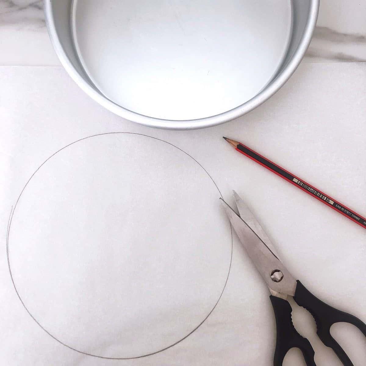lining a cake tin