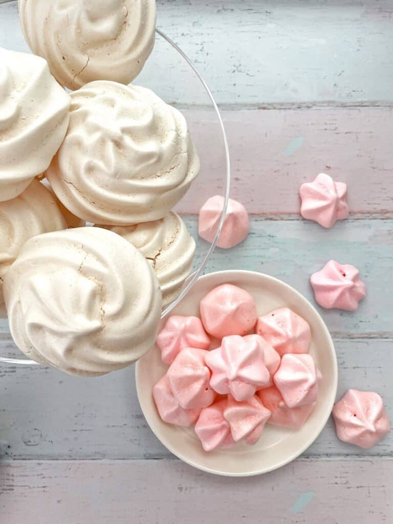 Bowl of Thermomix meringues and meringue kisses from above